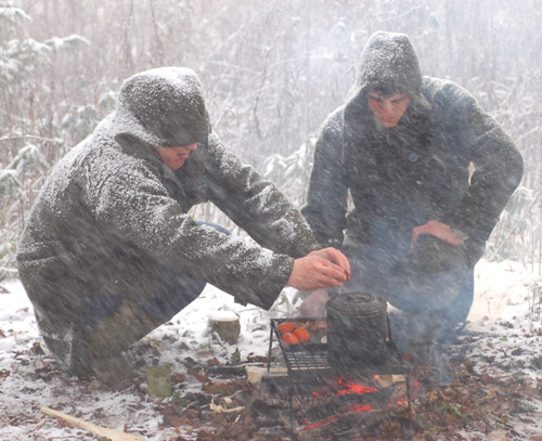 Ray Mears Griddle Test