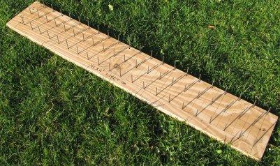 Figure 1b the work board for Make a rope hammock