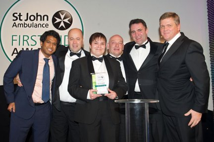 First Aid Award for Retail, Leisure and Tourism given to employees from the Victoria Centre
