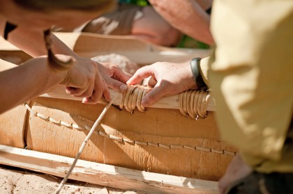 Birch Bark Canoe Building with Ray Mears and Pinock Smith - Day 4
