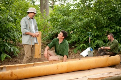 Birch Bark Canoe Building with Ray Mears and Pinock Smith – Day 3