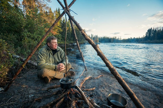 Ray-Mears-Campfire