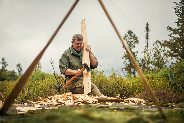 Ray-Mears-Carving-Paddle