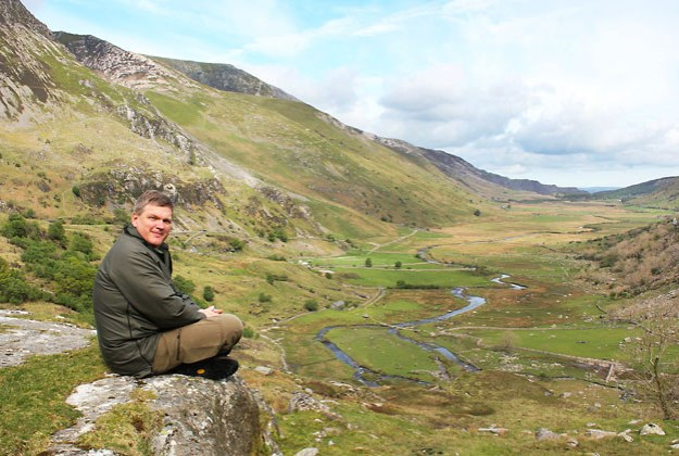 Ray Mears on location in Snowdonia
