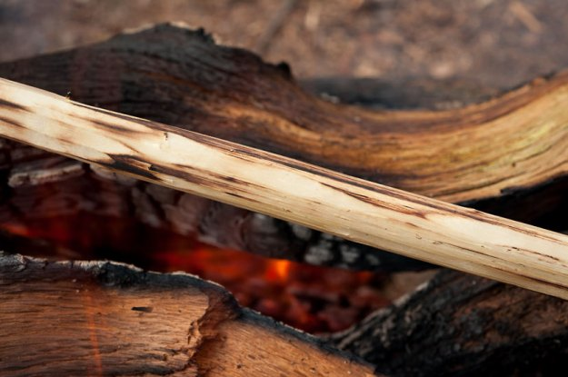 How to Cook Outdoors: Indian Bannock