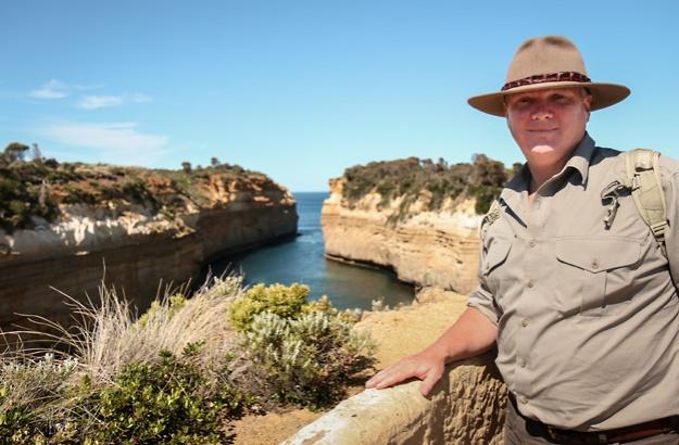 Ray Mears Wild Australia