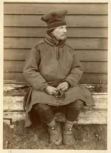 Sami man with shoe bands